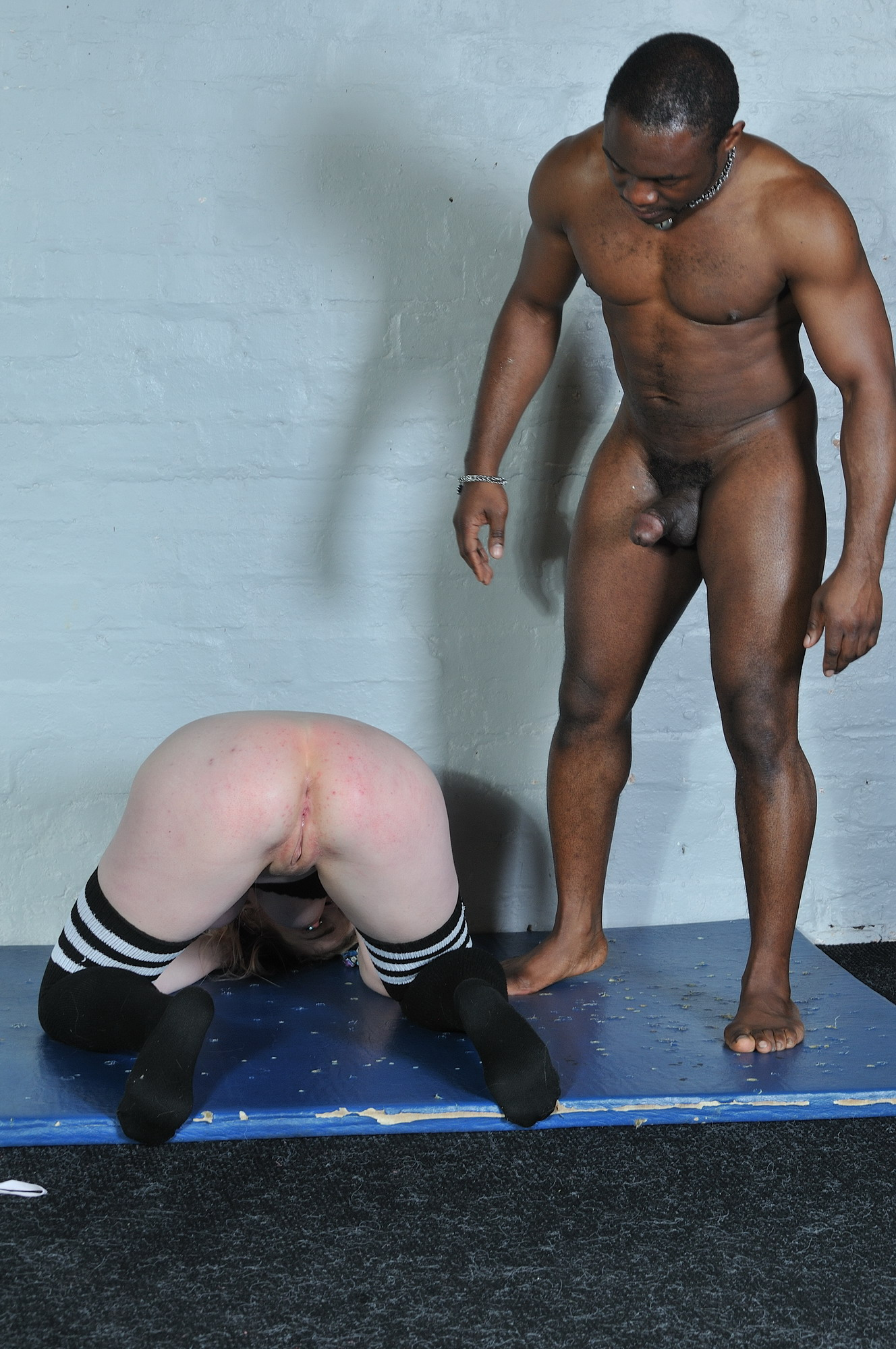 spanking bdsm cuckhold club