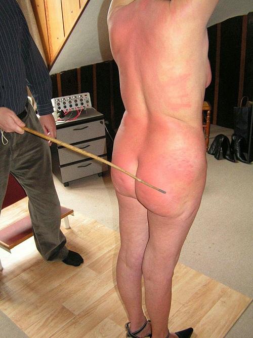 Older Submissive Slave Girl
